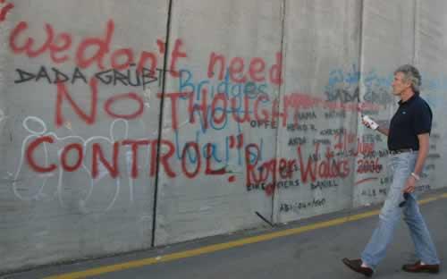 The Wall, recreado por Roger Waters, llegará a España en 2011